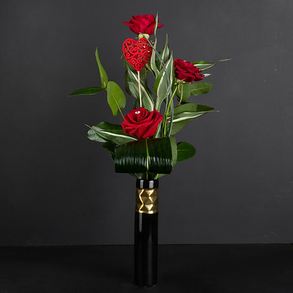 Tripple Red Roses
