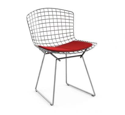 bertoia-sedia-cuscino-rosso-knoll.webp
