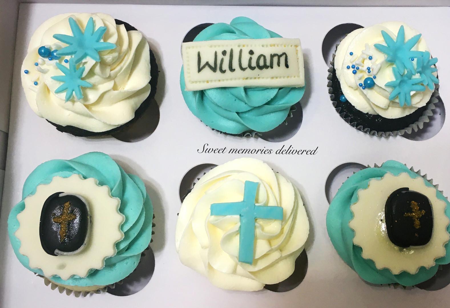 custom cupcakes for communion.jpg