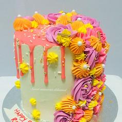 floral drip cake.jpg
