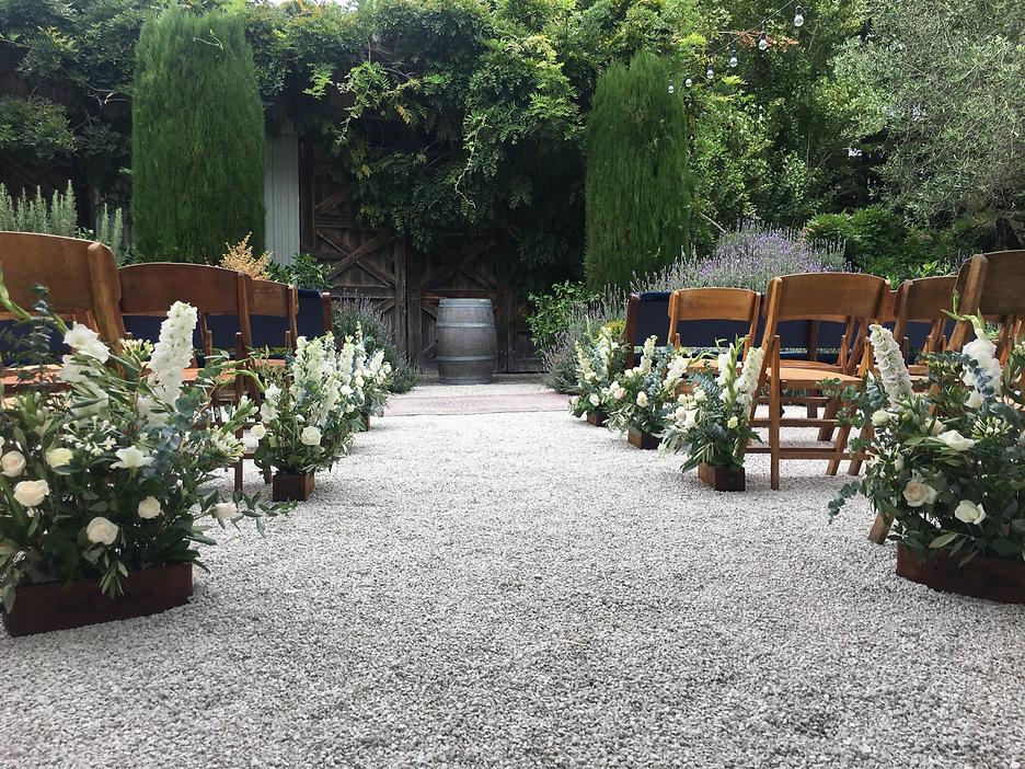 ground-florals-wedding-ceremony-christch