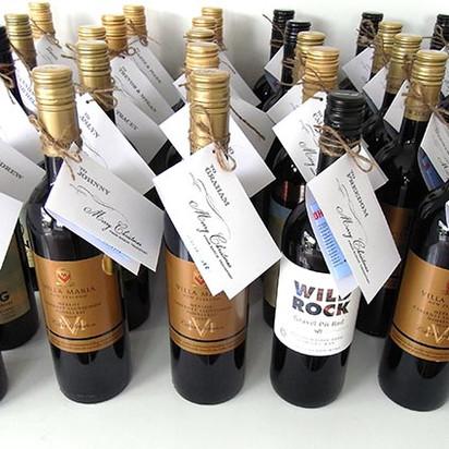 personalised-wine-christmas.JPG