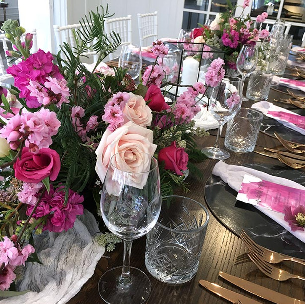 Residence-George-Hotel-dining-setup-flor