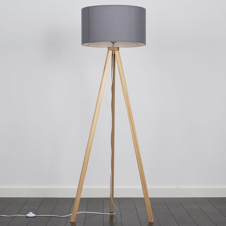 BARBRO LIGHT WOOD FLOOR LAMP