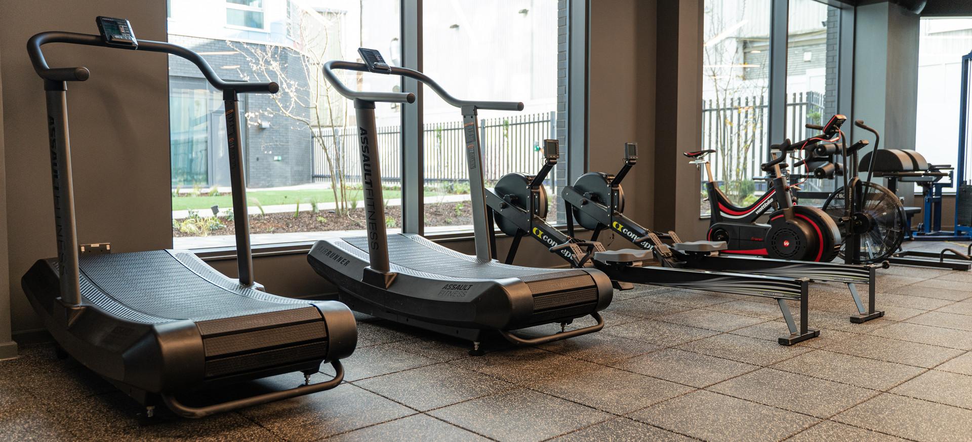 LIFTD - Running Machines