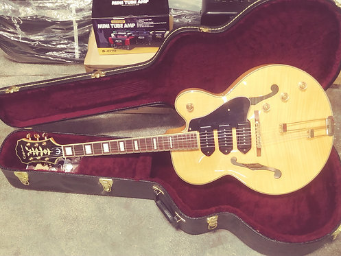 Epiphone Zephyr Blues Deluxe Natural with Canadian Made Deluxe Arch Top Case