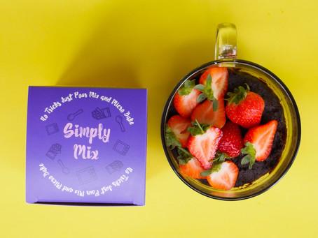 Recipe: Strawberry Brownie Cake in a Mug