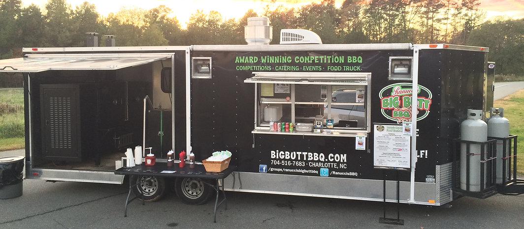 Ranucci's Big Butt BBQ Food Truck Sunset