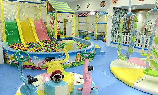 Petit-Enfant-Parque-e-Festas3.jpg