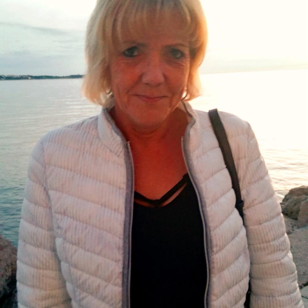Marion Bouw, Reisebegleitung im VIP-Liner