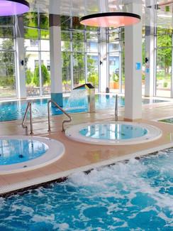 Schwimmbad Kurhotel Koral Live