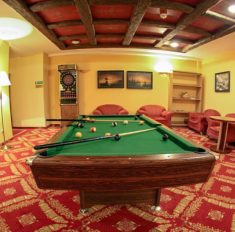 Billiardraum im St. Lukas