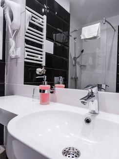Badezimmer Kurhotel Koral Live