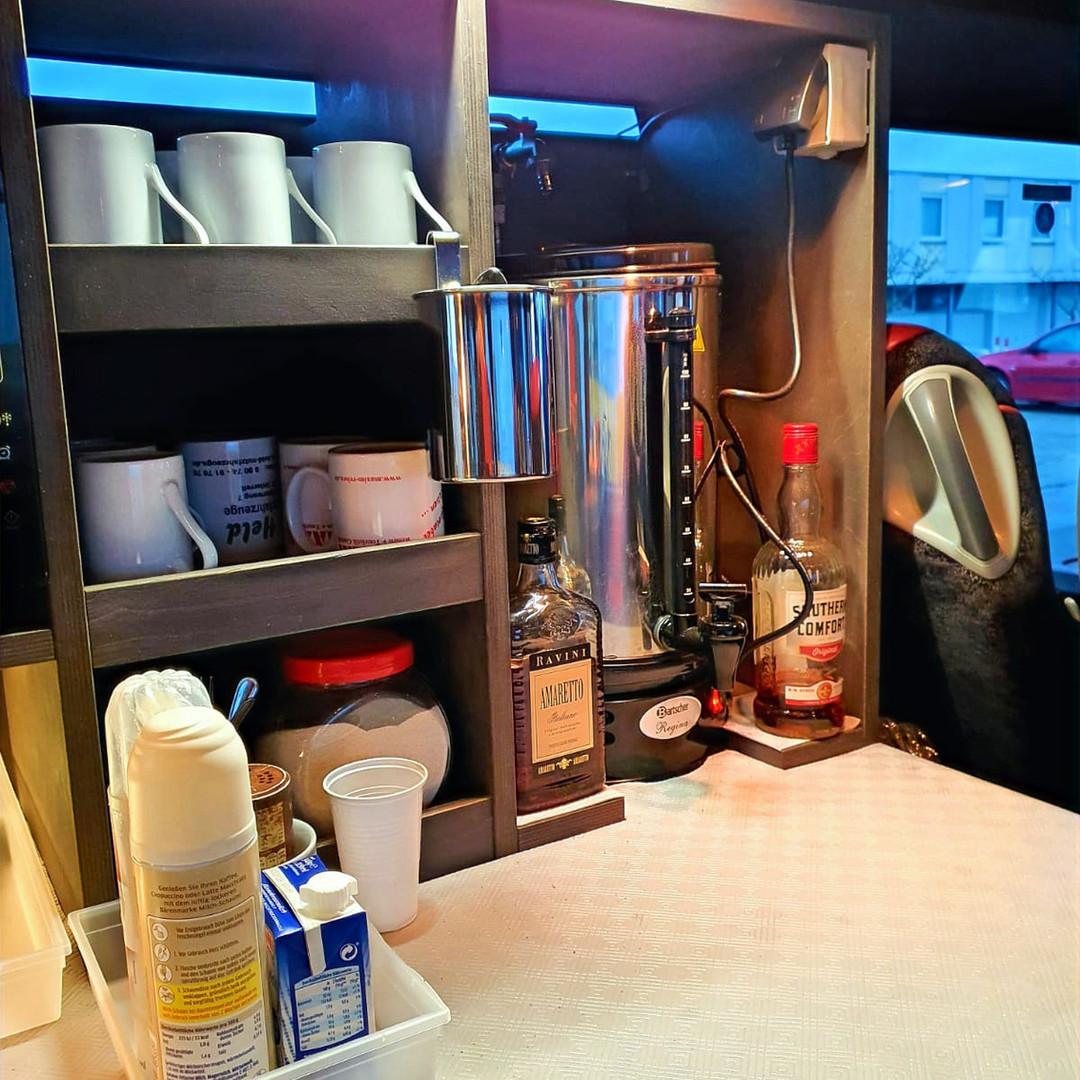 Kaffebar im VIP-Liner Bistrobus