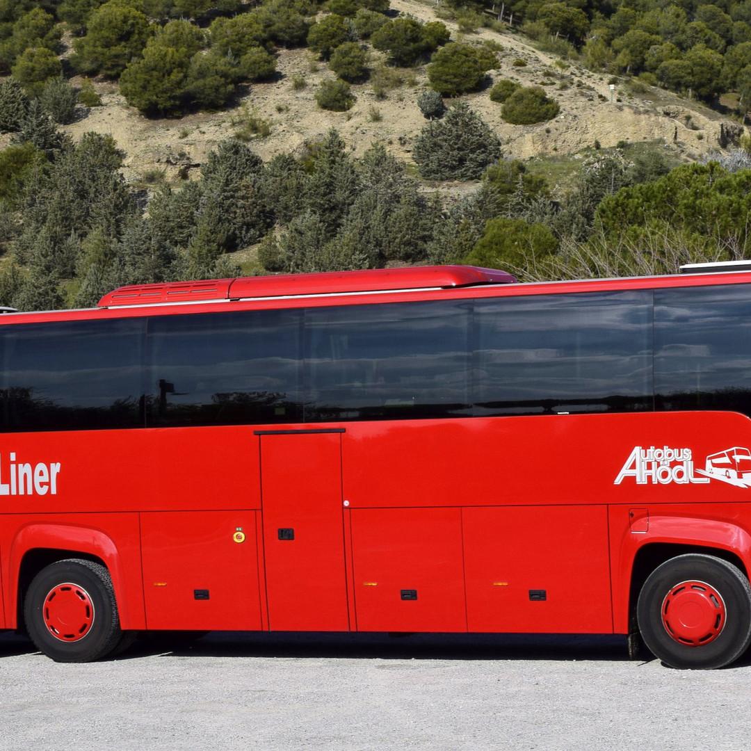 Unser moderner Scania Premium-Liner Fernreisebus  m-Liner Fern