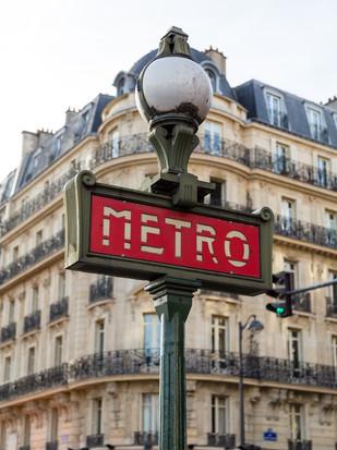 Metro in Paris.jpg