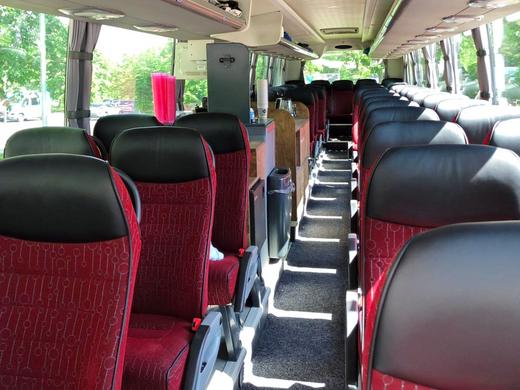 4-Sterne Bestuhlung Scania Premium-Class Fernreisebus