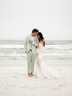A+H Wedding-377.jpg