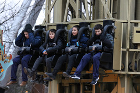 שחקני מחלקת הנוער אסא תל אביב בפארק שעשו