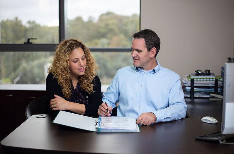 עורך דין און צוק ועורכת דין דנה צוק יושב
