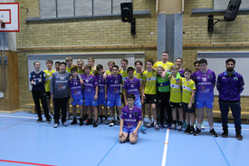 תמונה קבוצתית של שחקני מחלקת הנוער אסא ת