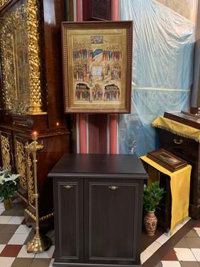 Икона Киево-Печерских святых в соборе в