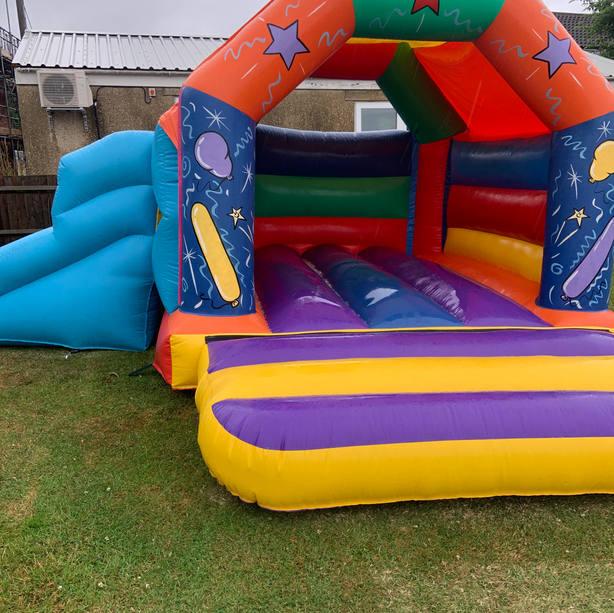 17 x 15 Balloon Combi Castle
