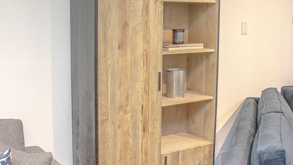Hasten Cabinet