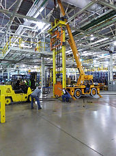 Riggers rigging VDL for automotive industry plant maintenance shut down service