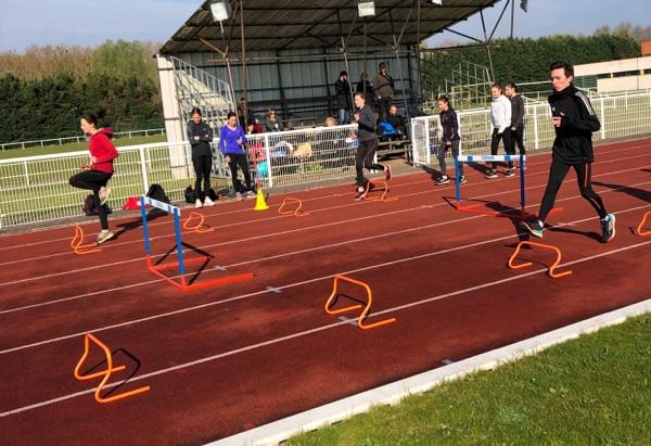 Sélection pour la section athlétisme du Lycée Le Mans Sud.