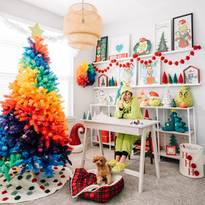 Christmas Themed Home Office