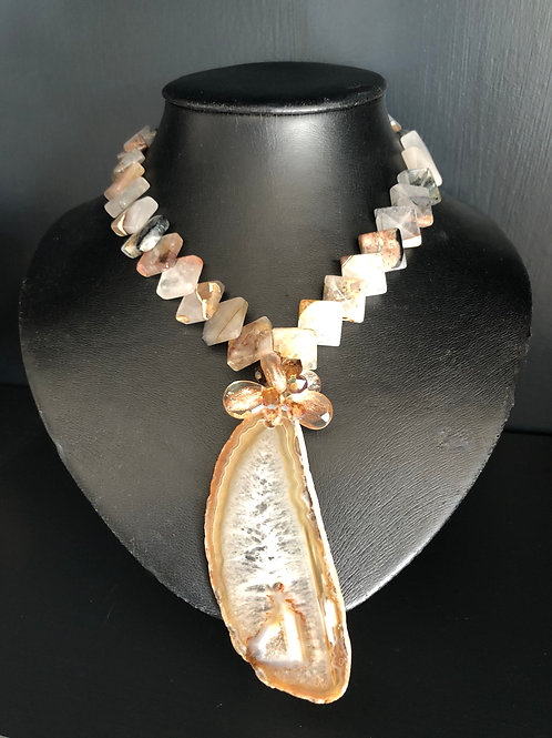 Agate Necklace with large pendant and small square cut stones