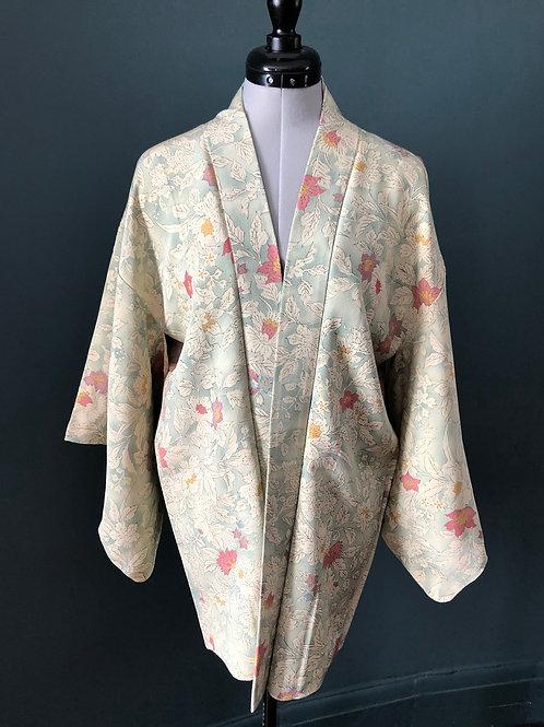 ELEGANCE (Yuga) 1950-90s vintage Silk Japanese Kimono Haori Jacket in pale green