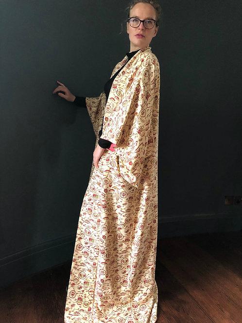TREASURE BOX - Kimono, vintage Japanese silk in cream with printed design.