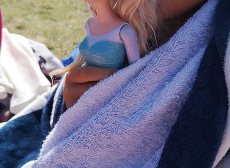 **Elsa on boys clothes please**
