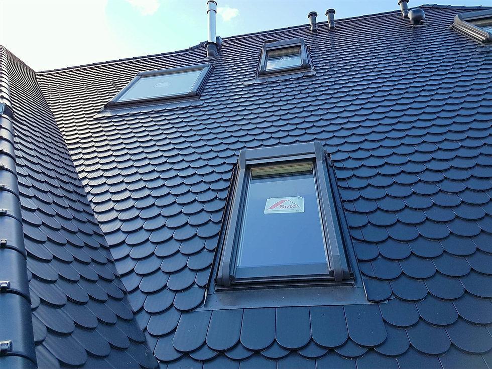 Dacheindeckung Biber Kehle Dachflächenfenster Altbausanierung Renovierung