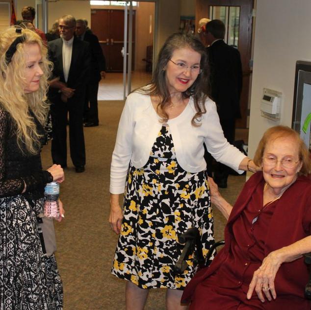 Lois Eddlemon and family