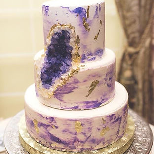 Geode wedding cake!#berryrichbakery.jpg