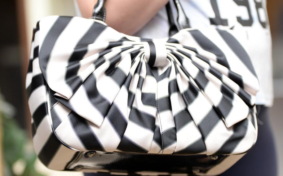 Handbag3.jpg