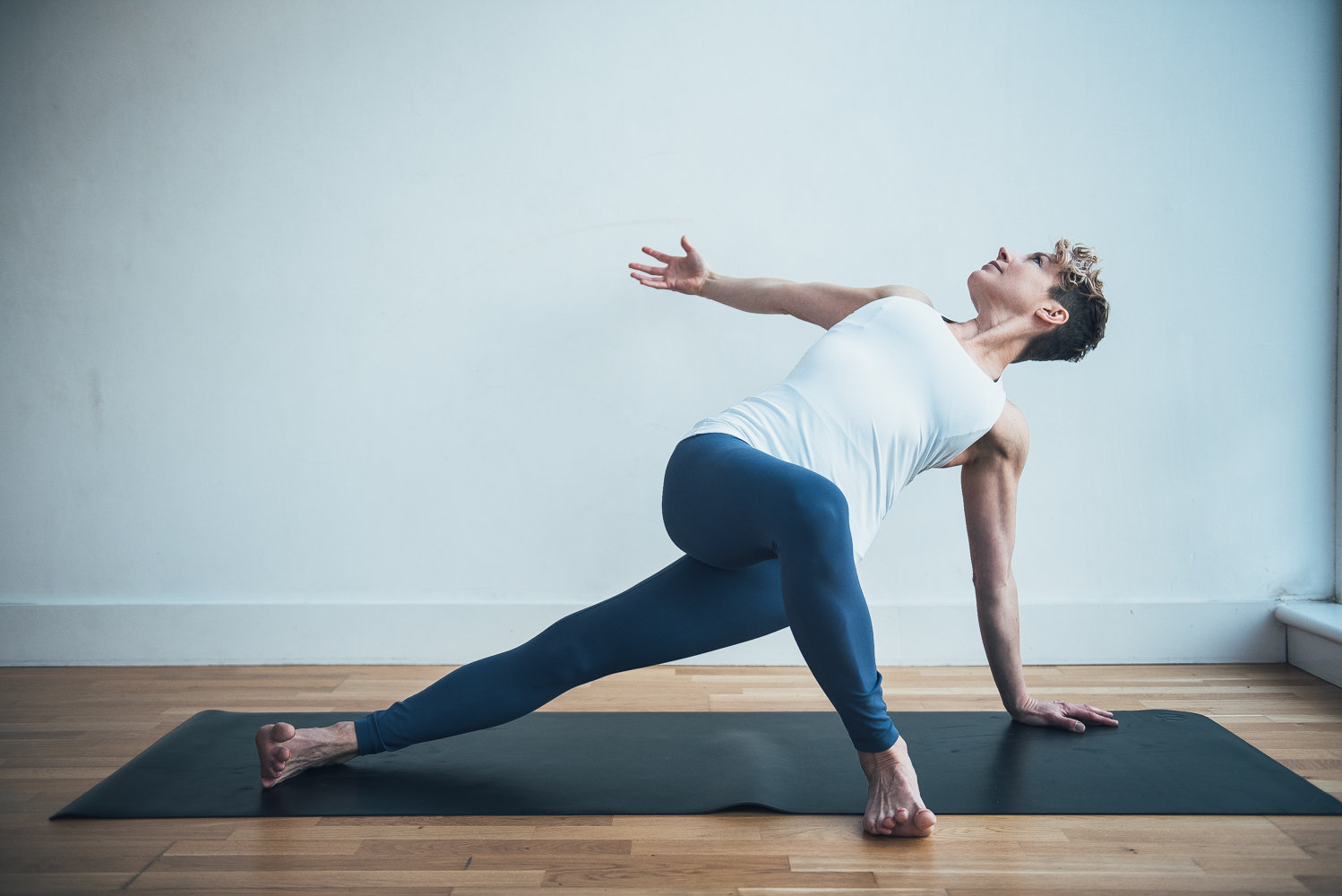 Monday Evening Mindful Flow (7pm) - £10