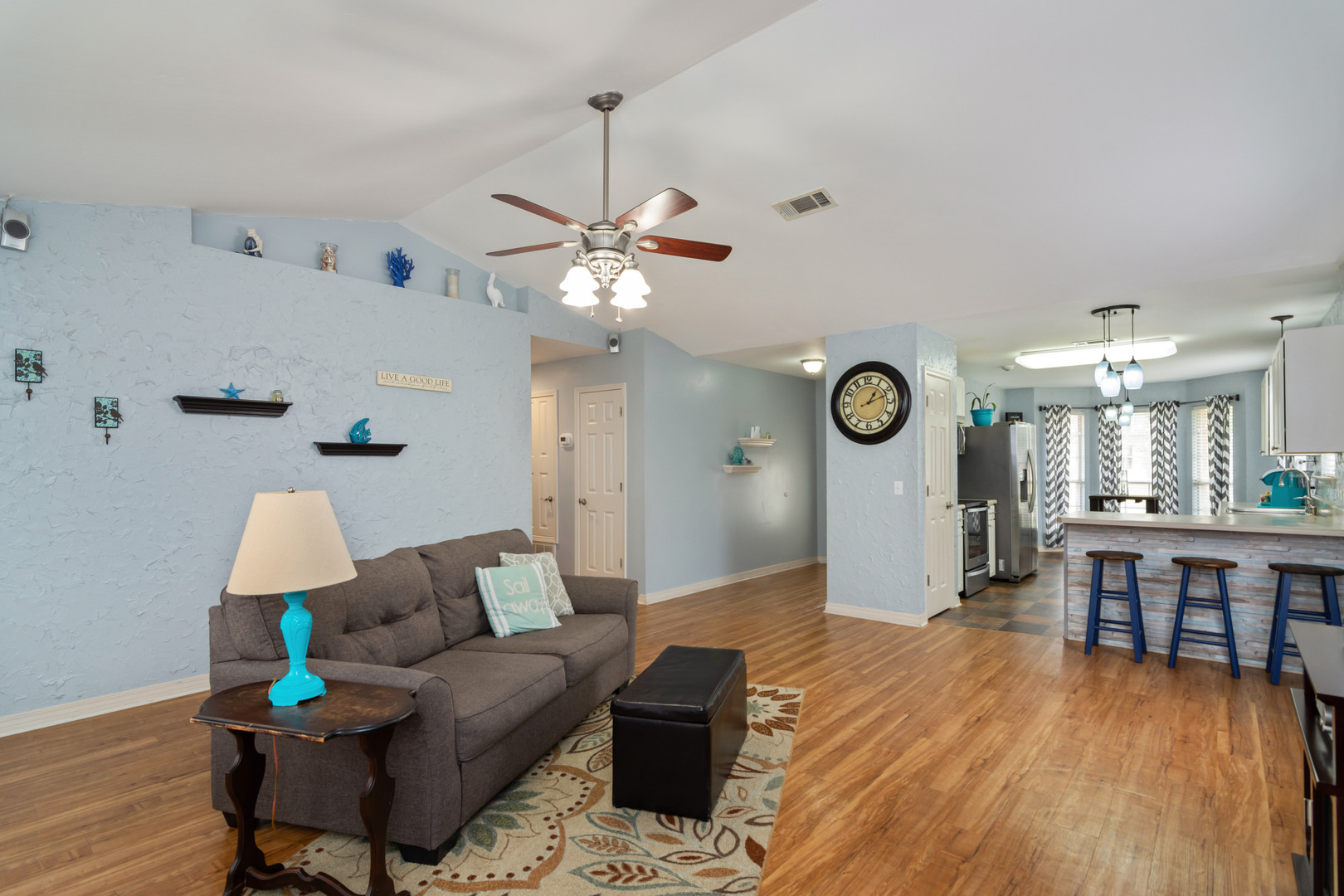 5308 Whitney Ct | Living Area