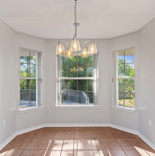 Eat-In with Bay Windows