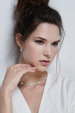 Arte Madrid # gordonlund #frackeye #fashionjewelry #jewelryphotographer #highend jewelry #sparkle #d