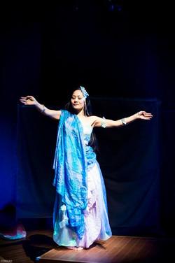 Dancer Akiyo