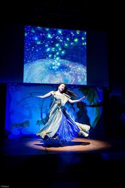 Dancer Emine