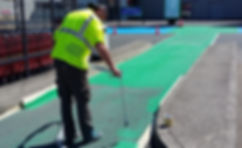 Création d'un passage piéton Vert coloré - Machine Graco Airless Peinture au sol