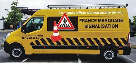 camion de chantier marquage au sol france marquage signalisation Auvergne