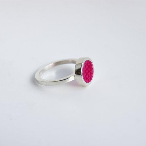Mini Hexagon Ring Shocking Pink