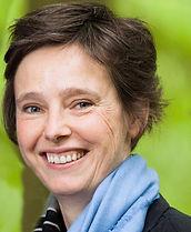 Monique Hulsbergen, Voluit leven