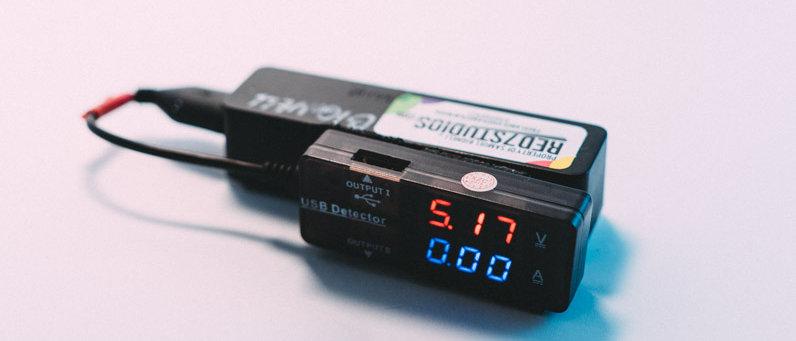 USB Splitter & Voltage & Amps Meter